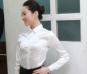 23_basic pearl blouse with long sleeves